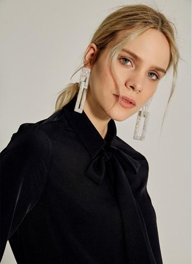 NGSTYLE Çıkarılabilir Fularlı Krep Gömlek Siyah